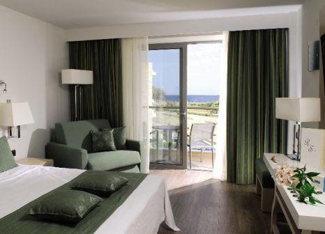 Hotelzimmer mit Volleyball im Minos Mare Royal