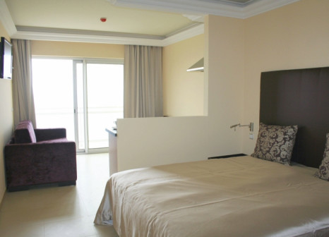 Hotelzimmer mit Whirlpool im Baia Brava
