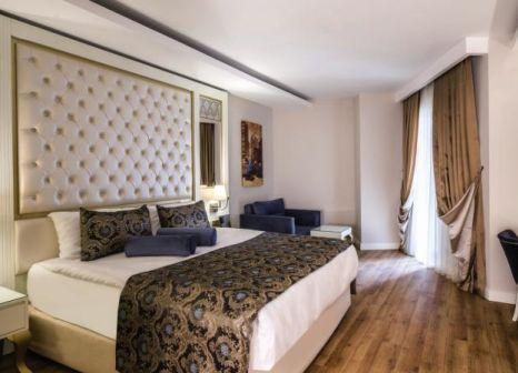 Hotelzimmer mit Volleyball im Haydarpasha Palace