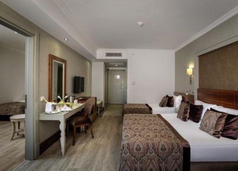 Hotelzimmer mit Volleyball im Side Crown Charm