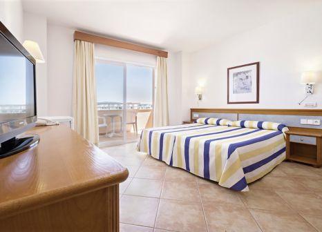 Hotelzimmer mit Volleyball im azuLine Hotel-Apartamento Rosamar