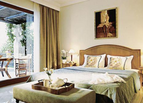 Hotelzimmer mit Volleyball im Aegean Melathron Thalasso Spa Hotel