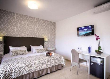 Hotelzimmer im Hotel Arena Suite günstig bei weg.de
