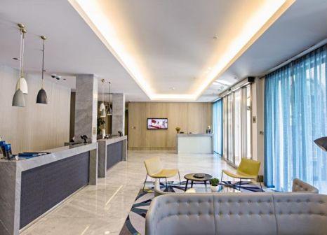 Hotelzimmer mit Sandstrand im Hotel Budva