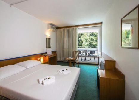 Hotelzimmer mit Tennis im Amfora Hotel Rabac