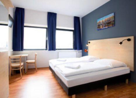 Hotelzimmer mit Fitness im a&o Amsterdam Zuidoost