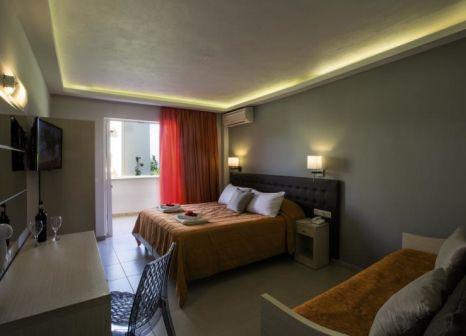 Hotelzimmer mit Mountainbike im Mareblue Beach Corfu Resort