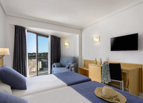 Hotelzimmer mit Tennis im Hotel Playsol San Remo