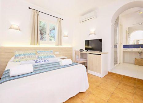 Hotelzimmer mit Mountainbike im azuLine Club Cala Martina Ibiza