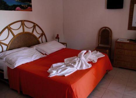 Hotelzimmer mit Mountainbike im Villaggio Baia d'Ercole