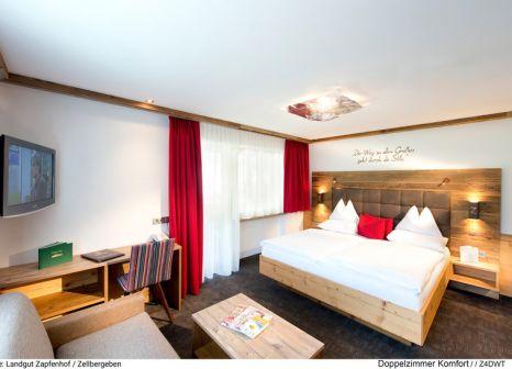 Hotelzimmer mit Tischtennis im Landgut Zapfenhof