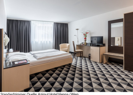 Hotelzimmer mit Animationsprogramm im AZIMUT Hotel Vienna