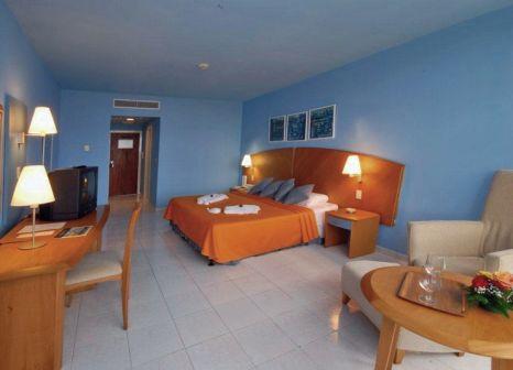 Hotelzimmer mit Tischtennis im H10 Habana Panorama