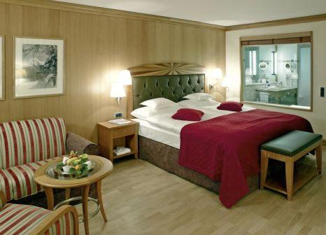 Hotelzimmer mit Yoga im Grand Hotel Kronenhof