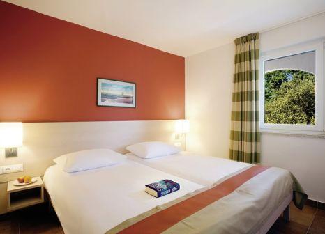 Hotelzimmer mit Volleyball im Valamar Tamaris Resort - Club Tamaris