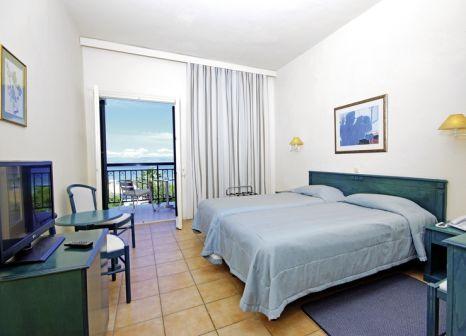 Hotelzimmer mit Yoga im Delfinia