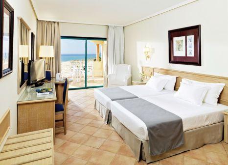 Hotelzimmer mit Minigolf im H10 Sentido Playa Esmeralda