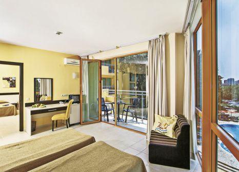 Hotelzimmer mit Volleyball im PrimaSol Sunlight Sunrise