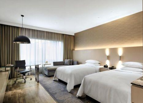 Hotelzimmer mit Fitness im Renaissance Kuala Lumpur