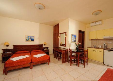 Hotelzimmer mit Clubs im Maria Lambis Apartments