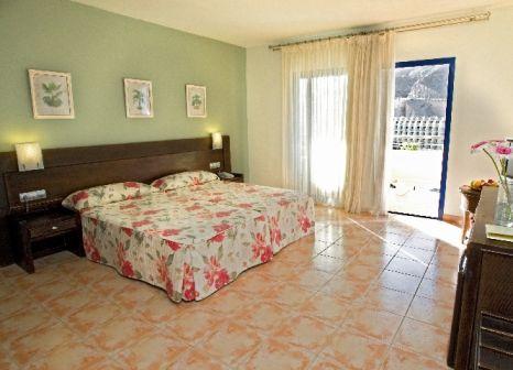 Hotelzimmer mit Mountainbike im Hotel Paradise Lago Taurito