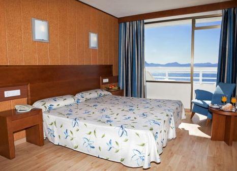 Hotelzimmer mit Mountainbike im HSM President Golf & Spa