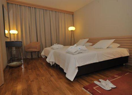 Hotelzimmer mit Hochstuhl im Astoria
