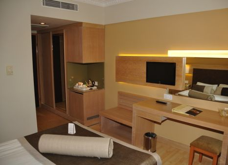 Hotelzimmer mit Volleyball im Larissa Stone Palace