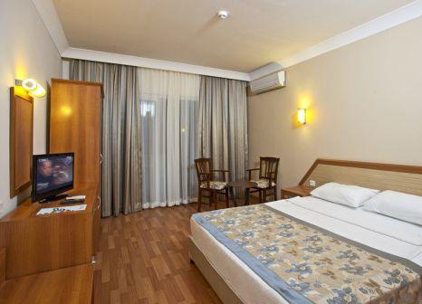 Hotelzimmer mit Volleyball im Hotel Titan Garden