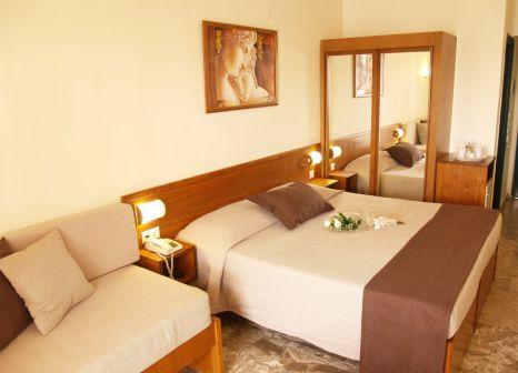 Hotelzimmer mit Minigolf im Odyssia Beach