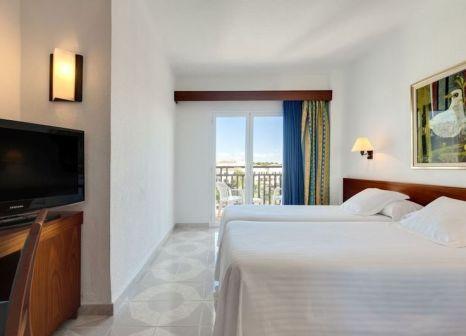 Hotelzimmer mit Volleyball im Barceló Ponent Playa