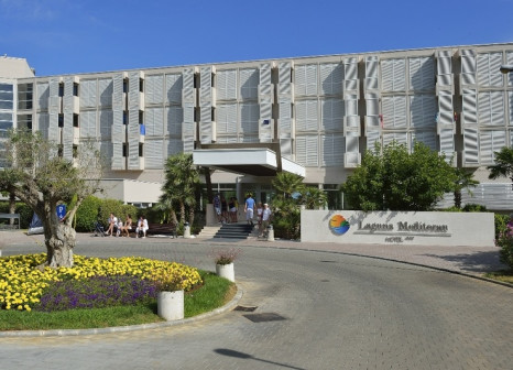 Hotel Mediteran Plava Laguna günstig bei weg.de buchen - Bild von LMX International