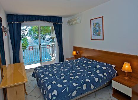Hotelzimmer mit Minigolf im Verudela Beach & Villa Resort