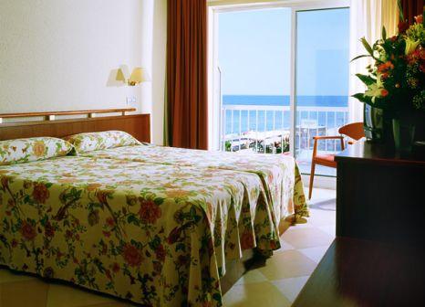 Hotelzimmer mit Mountainbike im Hotel Augustus