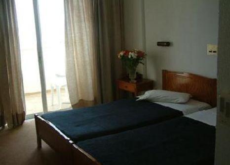 Hotelzimmer mit Mountainbike im Cleopatra Kris Mari