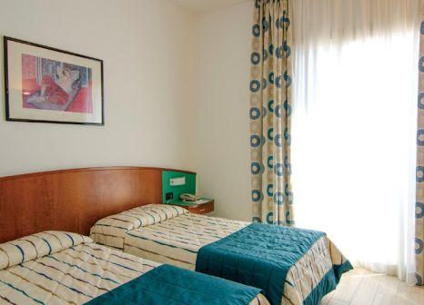Hotelzimmer im Hotel Ariston günstig bei weg.de