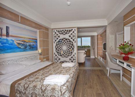 Hotelzimmer mit Yoga im Crystal Sunset Luxury Resort & Spa