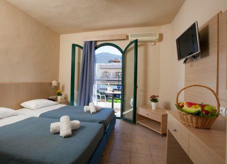 Hotelzimmer mit Tennis im Pela Maria Hotel