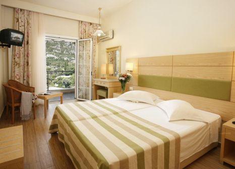 Hotelzimmer im Akrotiri Beach Hotel günstig bei weg.de