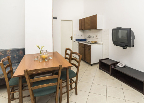 Hotelzimmer mit Mountainbike im Kanegra Apartments Plava Laguna