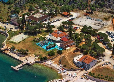 Hotel Kanegra Apartments Plava Laguna günstig bei weg.de buchen - Bild von LMX International