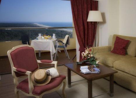 Yellow Praia Monte Gordo Hotel in Algarve - Bild von LMX International