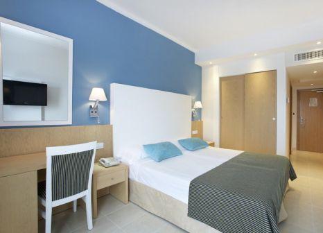Hotelzimmer mit Tennis im Universal Hotel Marques