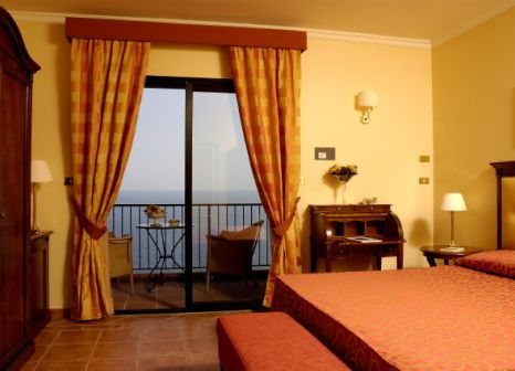 Hotelzimmer mit Tennis im Hotel Capo Dei Greci Taormina Coast - Resort Hotel & Spa