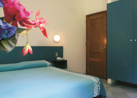 Hotelzimmer mit Tischtennis im Hotel Club Torre Marino