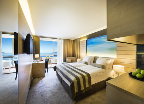 Hotelzimmer mit Yoga im Remisens Hotel Excelsior