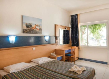 Hotelzimmer mit Mountainbike im Eurovillage Achilleas Beach