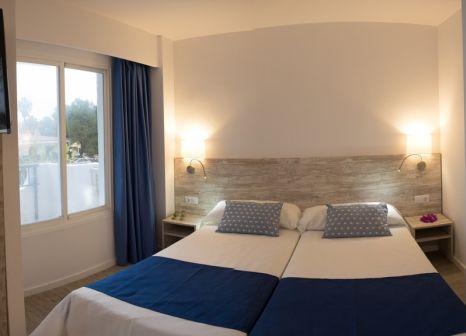 Hotelzimmer mit Minigolf im BelleVue Club