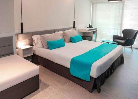 Hotelzimmer mit Tischtennis im GFH Hotel Kaktus Playa