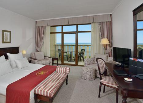 Hotelzimmer mit Volleyball im Meliá Grand Hermitage